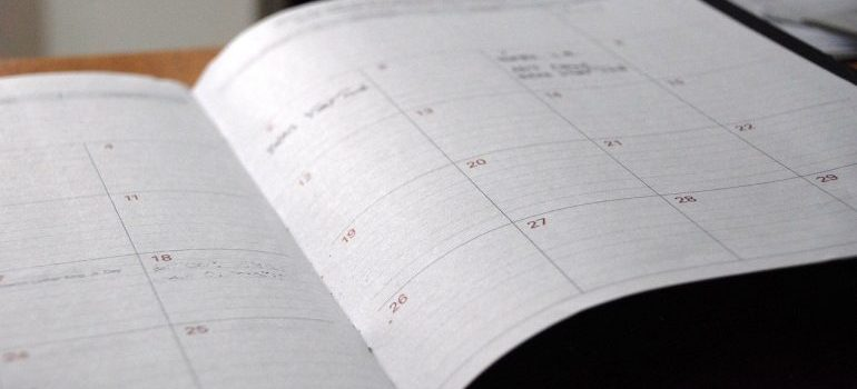 calendar with a moving date