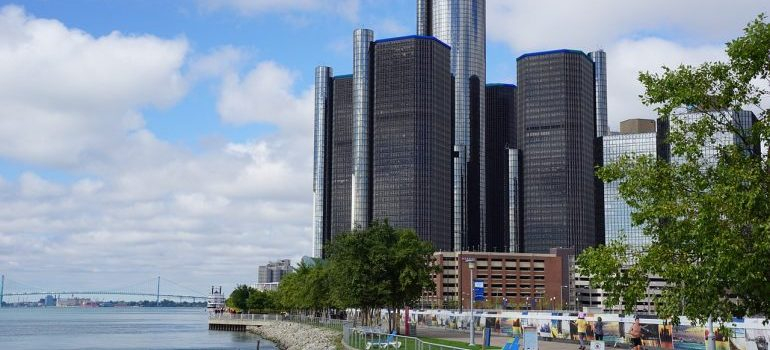 a view of Detroit where local movers Detroit MI are
