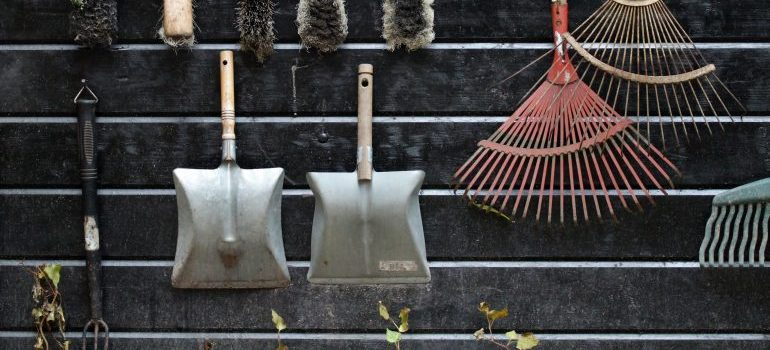 Separate garden tools when you pack lawn equipment for moving.