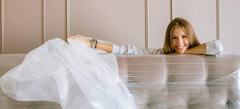 Picture of a woman with sealed mattress